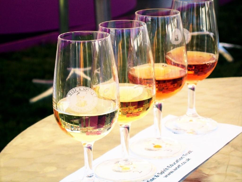 Studiare il vino - wine tasting