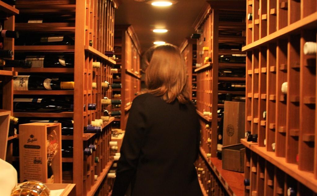 carta dei vini - wine cellar