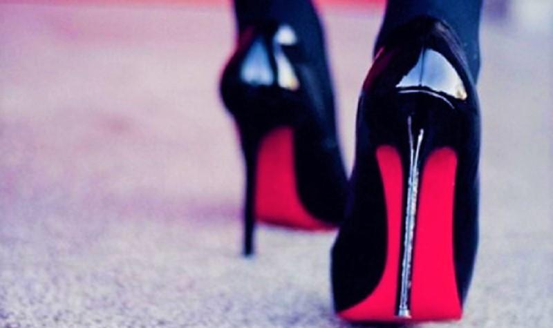 donne-del-vino-tacco-rosso