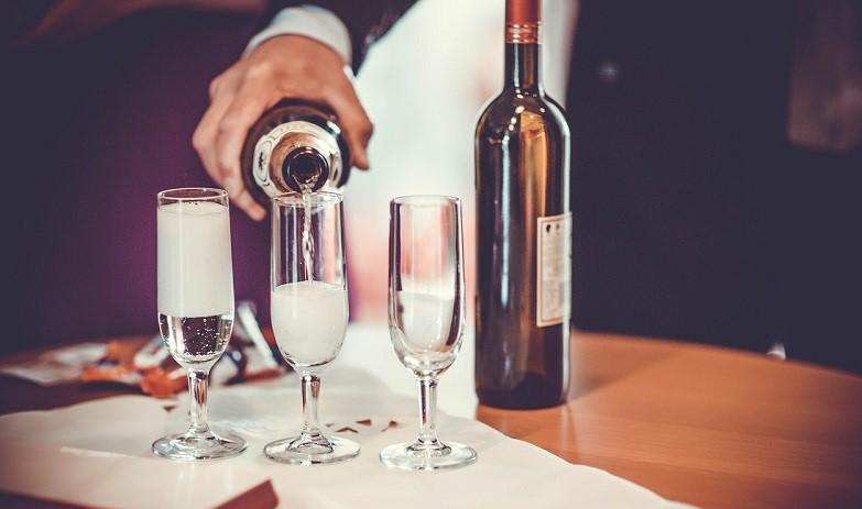vino italiano consumi