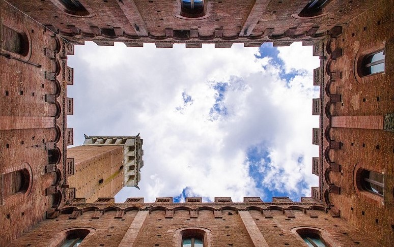 winelovers-palazzo-comunale-siena