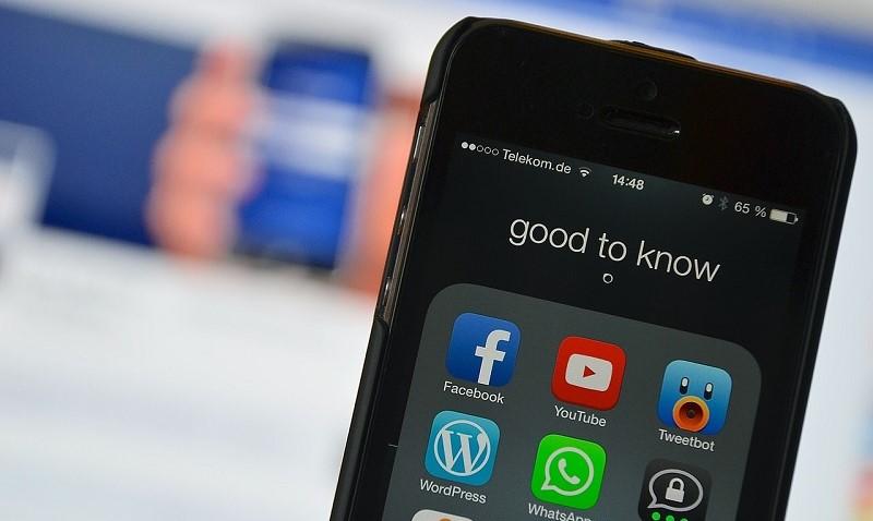 vino-digitale-social-media